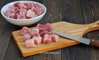 Гуляш из свинины с подливкой - готовим мясо