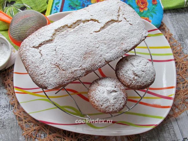 Лимонный кекс - посыпаем пудрой