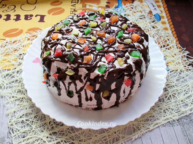 Домашний бисквитный торт со взбитыми сливками
