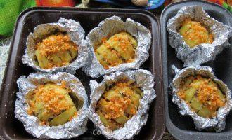 Картофель запеченный в фольге в духовке