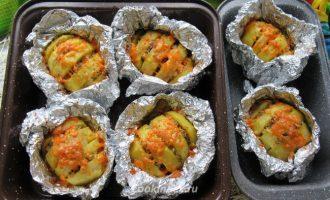 Картошка-гармошка запеченная в фольге
